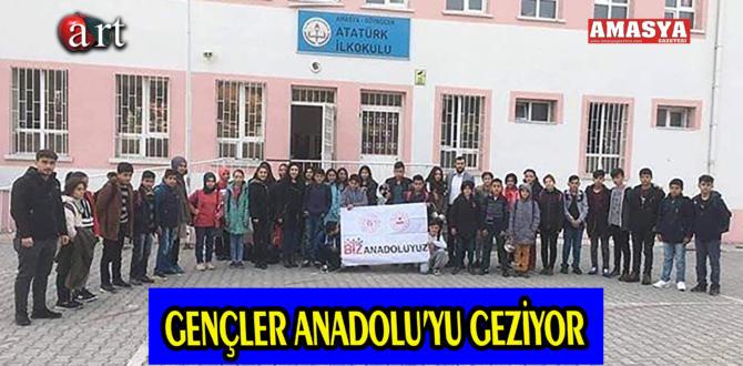 GENÇLER ANADOLU'YU GEZİYOR