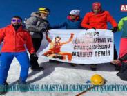 Ağrı Dağı'nın zirvesinde Amasyalı Olimpiyat Şampiyonu